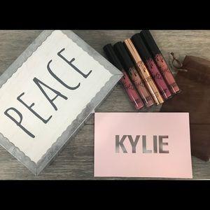 Authentic Kylie Lip Colors Bundle! Never Used! FAB